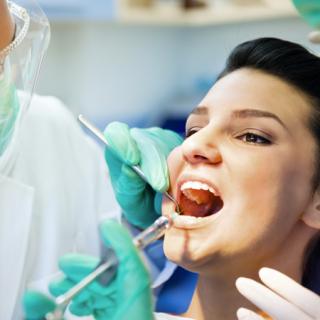 Trattamento del dolore ansia paura del dentista anestesia plessica intraligamentosa tronculare Studio Bianconi dentista Bolzano